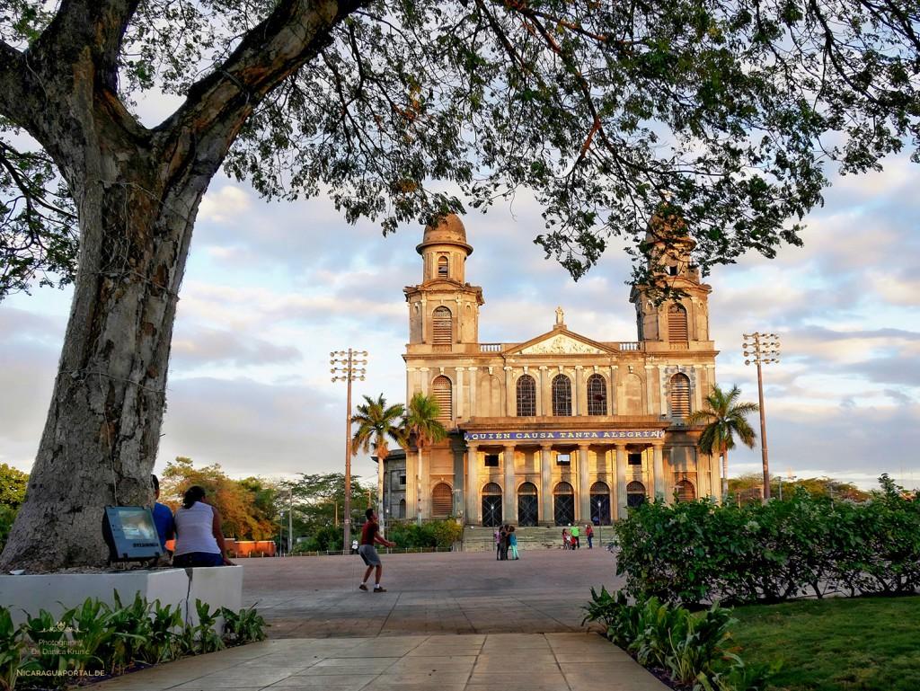 Nicaragua: MANAGUA: Die Kathedrale Santiago de Managua auf der Plaza de la Revolution