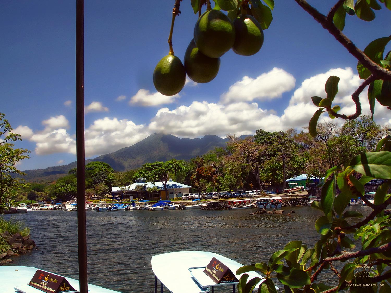 Nicaragua: GRANADA: Nicaragua See, El Lago de Nicaragua, Cocibolca, Las Isletas, Mombacho
