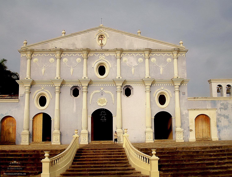 Nicaragua: GRANADA: El Conjunto Histórico del Antiguo de San Francisco