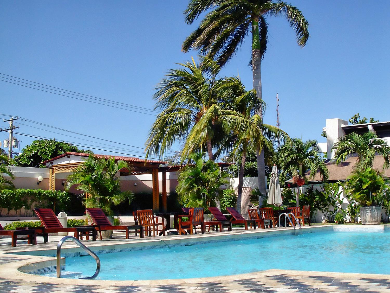 Nicaragua: MANAGUA: Hotel Crowne Plaza