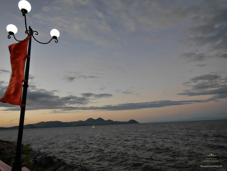 Nicaragua: MANAGUA: Seepromenade am Managuasee, Lago Xolotlan: El Malécon